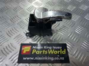 Nissan Navara D40 VSK 4WD 2006-04/2010 LF Door Interior Handle