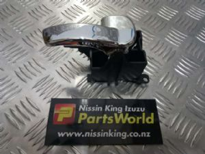 Nissan Navara D40 VSK 4WD 2006-04/2010 RF Door Interior Handle