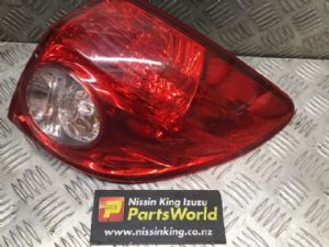Nissan Wingroad Y12 2005-2011 R Tail Light