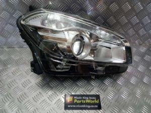 Nissan Qashqai J10 Qashqai Facelift 01/10-2013 R Headlight