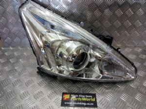 Nissan Pulsar Hatch C12 2013-2017 R Headlight