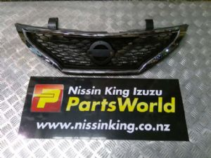Nissan Pulsar C12 2013-2017 Grille