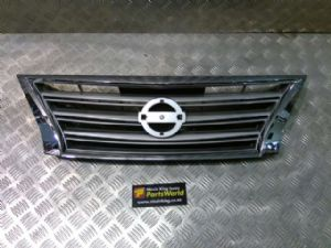 Nissan Pulsar B17 2013-2017 Grille