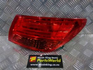 Nissan Bluebird Sylphy G11 2005-2010 R Tail Light
