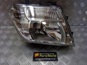 Nissan Navara D40 VSK 4WD 05/2010-2015 R Headlight