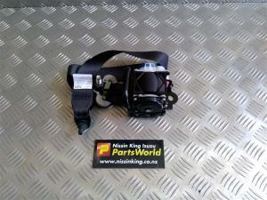 Nissan Caravan Homy E26 2012-2020 RF Seat Belt