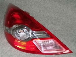 Nissan Tiida C11L 2008-2011 L Tail Light