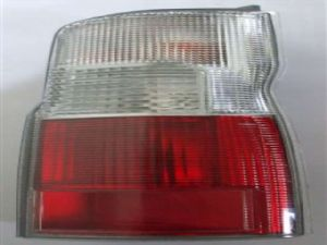 Nissan Caravan Homy E25 2001-2006 R Tail Light