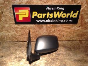 Nissan Navara D40 MNT 4WD 2010-2015 LF Door Man Mirror