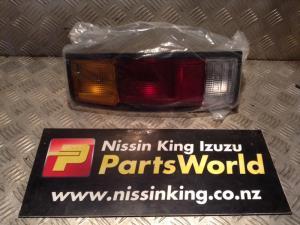 Nissan Navara D21 1992-1997 L Tail Light