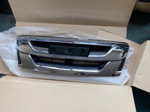 Isuzu D Max TFS85 4WD 2017--> Grille