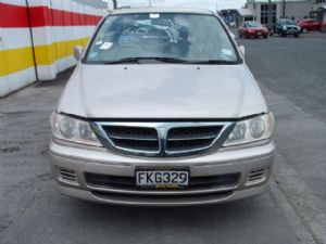 Nissan Presage U30 1998-2003