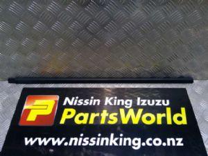 Nissan Terrano R50 1995-1999 RF Door Weather Strip Mould