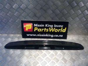 Nissan Dualis J10 02/07-08/09 Tailgate Garnish 1 Piece